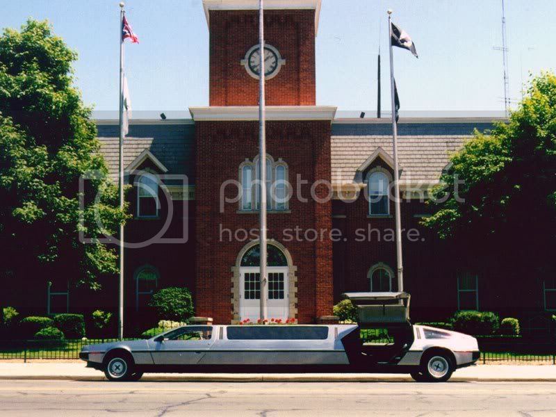 delorean-dmc-limousine.jpg